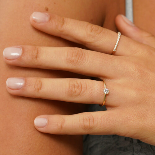 700---Caress-Round-Ring