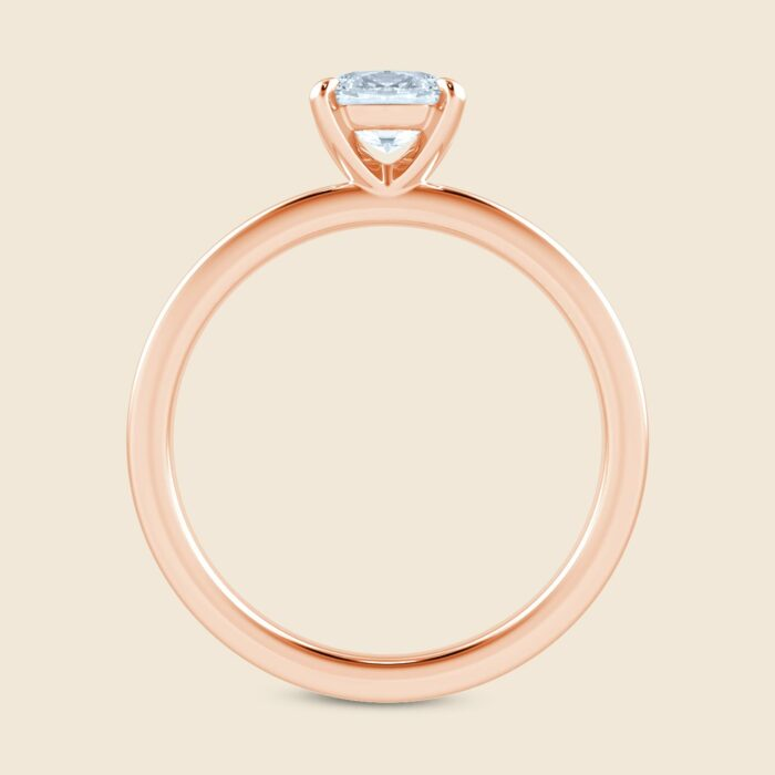 Oval Lily Sleeping Ring Rose
