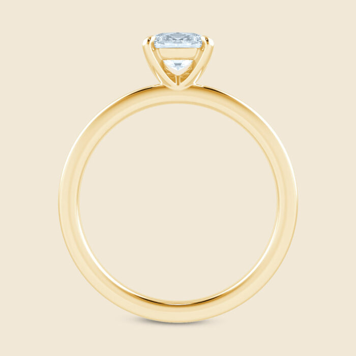 Oval Lily Sleeping Ring Yellow
