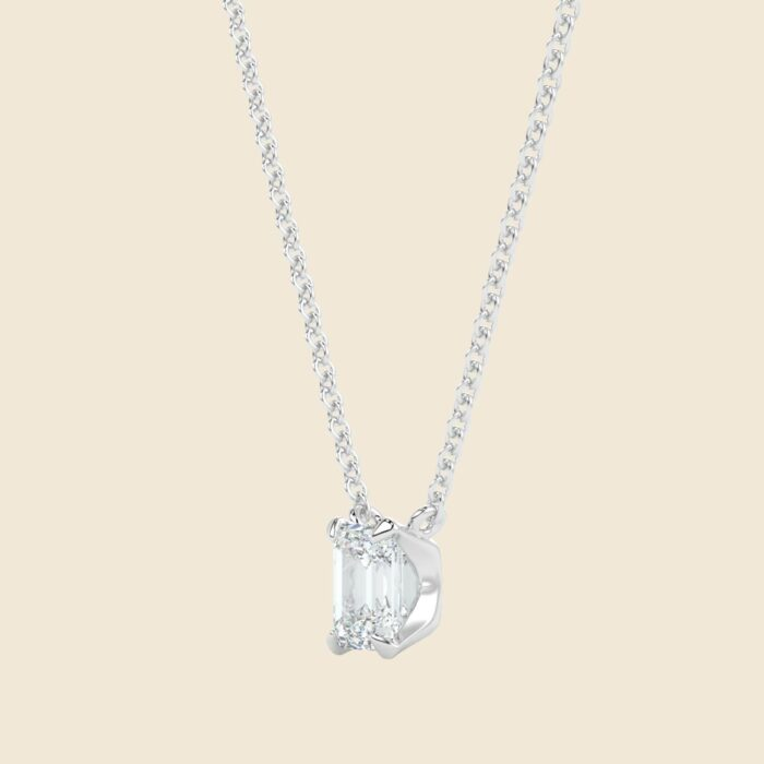 Emerald Lily Necklace White